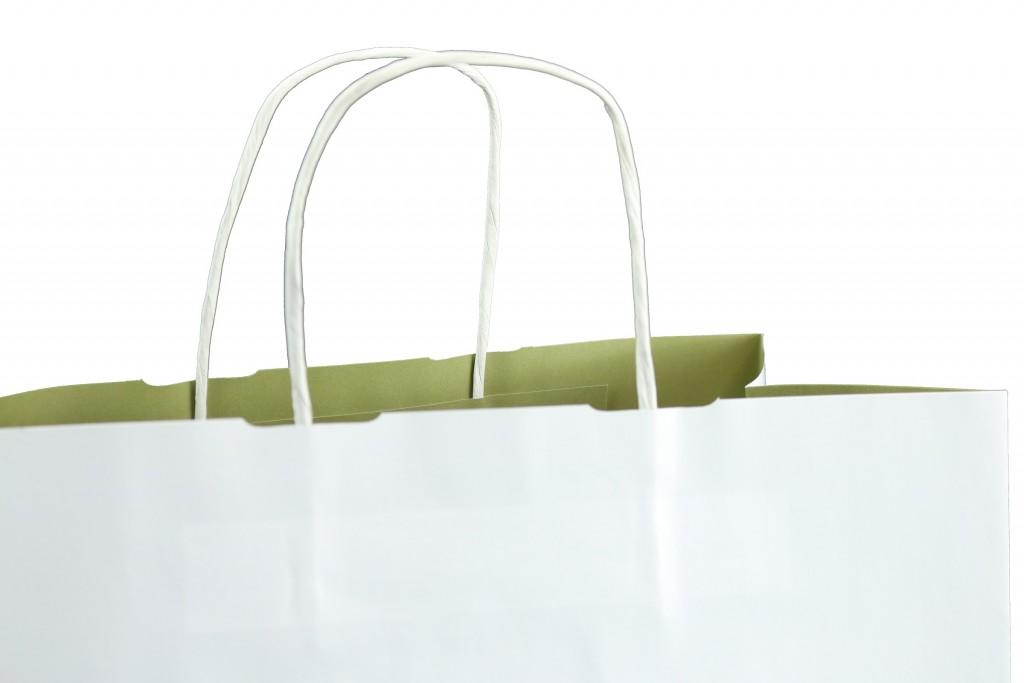 papiertaschen mit gedrehten papierkordeln die alternative zur plastikt te. Black Bedroom Furniture Sets. Home Design Ideas